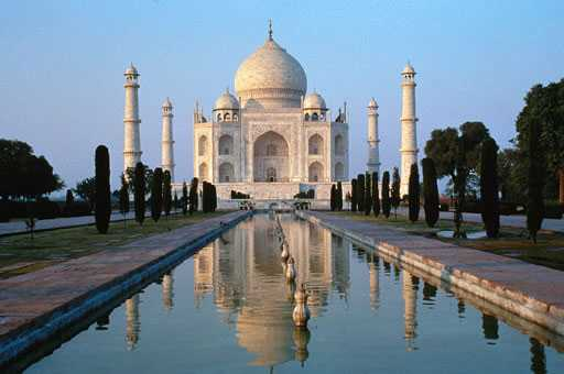 The Taj-I-Mah Diamond (sometimes spelled Taj-E-Mah)