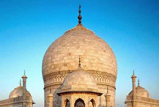 The Finial Of The Main Dome Explore The Taj Mahal